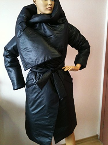 Loose winter collar square down jacket/Atmosphere comfortable and warm asymmetrical wrap overcoat in black.