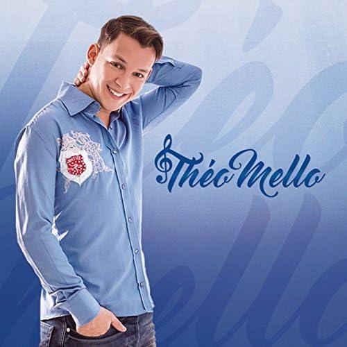 Théo Mello