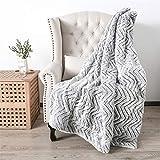 U UQUI Grey Striped Throw Super Soft Warm Faux Fur with White Sherpa Back Blanket, Faux Fur Sherpa Reversible Double Sided Fuzzy Faux Fur Throw Blanket Silky Soft Throw Machine Washable(50X60)
