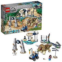 6. LEGO Jurassic World Triceratops Rampage 75937