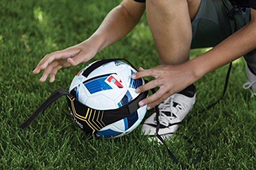 SKLZ Star-Kick Hands-Free Adjustable Solo Soccer Trainer - Fits Ball Sizes 3, 4, and 5 (Black)