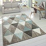 alfombra marron y azul