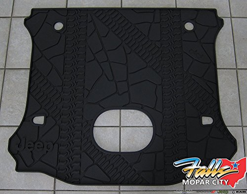 Jeep Wrangler Unlimited Rear Cargo Mat Tray With Floor Mounted Sub Cutout