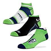3 Pack - 93% Polyester/3% Nylon/3% Rubber/1% Spandex Youth fits shoe sizes 13, 1-5 (Approx. 4-8 years old) Medium (Women's 6-11, Men's 5-10), Large (Men's 10-13) Officially licensed product Machine Washable