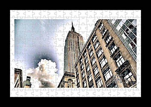 Puzzle Style (Preensamblado) Stampa della parete di Empire State Building by Lisa Loft