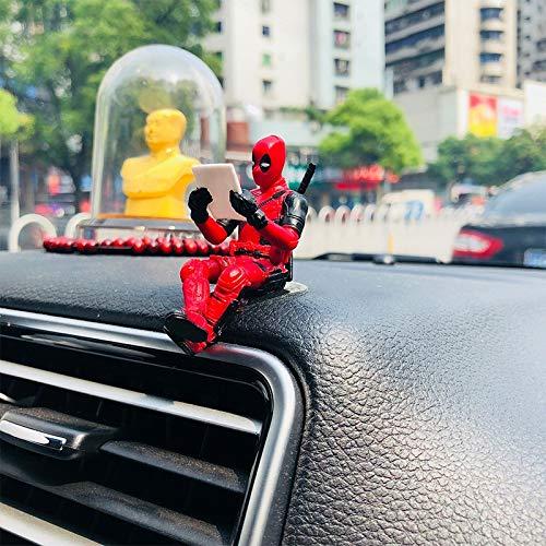 Preisvergleich Produktbild UVKLAEE Statuen Auto-Verzierungen Persönlichkeit Auto Deadpool Ornament Action-Figur Sitzen Modell Anime Mini-Puppe-Autodekoration Autozubehör (Color Name : Rot)