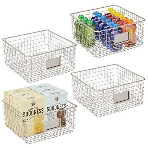mDesign 4er-Set Allzweckkorb aus Metall – Aufbewahrungskorb mit Beschriftungsfeld für Küche, Vorratskammer etc. – kompakter und universeller Drahtkorb – mattsilberfarben