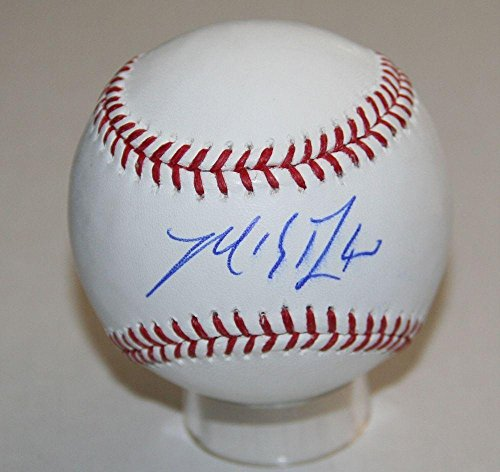 Autographed Madison Bumgarner Baseball - Official Major League Z22250 NICE - PSA/DNA Certified - Autographed Baseballs