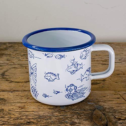 Ahoi Marie Emaille Tasse - Metallbecher mit Fischen - Lustige Outdoor, Camping-Becher in blau weiss - 100% Handmade