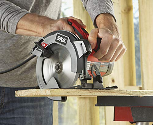 Straight Cut with a Circular Saw
