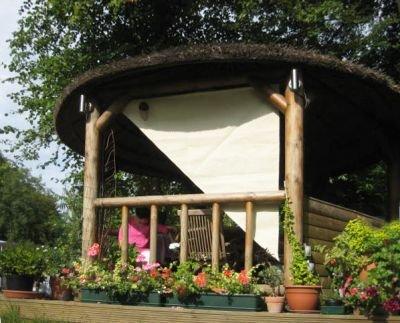 2,27 m ángulo recto en forma de triángulo y marfil pantalla para lámpara lateral para estructura de madera: Amazon.es: Jardín