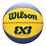 Wilson, Pallone da basket, FIBA 3x3 Mini, Misura 3, Blu/Giallo, Gomma, Uso all'interno e a...