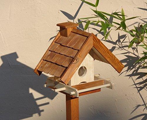 PREMIUM vogelhaus mit ständer+futterautomat,K-BEL-VOWA3-MS-dbraun002 Großes PREMIUM-Qualität,Vogelhaus,mit Ständer + 5 SITZSTANGEN + SICHTSCHEIBE RUND / GLAS + FUTTERVORRAT-Riesensilo / Futterschacht Futterautomat MASSIV + WETTERFEST, QUALITÄTS-Standfuß-aus 100% Vollholz, Holz Futterhaus für Vögel, MIT FUTTERSCHACHT Futtervorrat, Vogelfutter-Station Farbe braun dunkelbraun schokobraun rustikal klassisch, Ausführung Naturholz MIT TIEFEM WETTERSCHUTZ-DACH,mit Futterschacht - 4