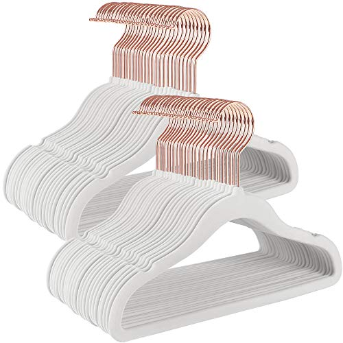 SONGMICS Kinderkleiderbügel, 50er Set, mit Haken in Roségold, rutschfest, platzsparend, für Kleiderschrank, Bügel für Kinderkleidung, Babykleidung, Rock und Hose für Kinder, Samt, weiß CRF027W01