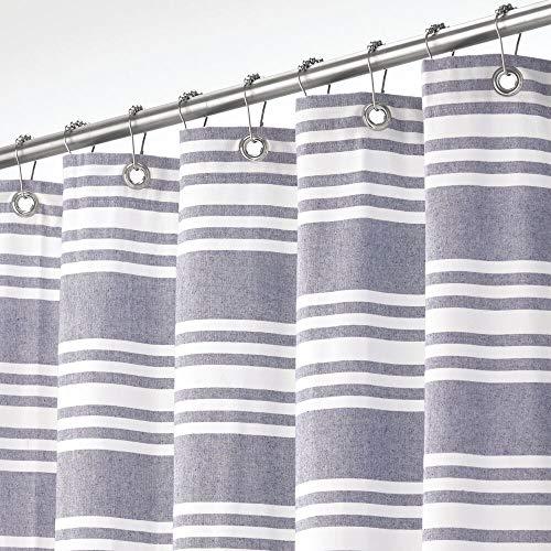mDesign Duschvorhang aus 100prozent Baumwolle – gestreifte Duschgardine für Dusche & Badewanne mit 183 cm x 183 cm – langlebiges Badzubehör mit verstärkten Löchern – marineblau