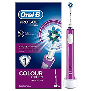 Oral-B PRO 600 CrossAction Cepillo de dientes eléctrico, 1 mango morado recargable con tecnología de Braun, 1 cabezal de recambio