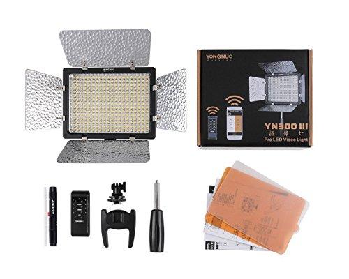 Yongnuo YN-300 III LED-Kamera-Video-Licht 5500K für DSLR Canon Nikon Olympus Pentax Samsung Sony w / IR Remote Phone Bedienung w / Andoer Reinigungsstift