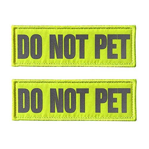 JUJUPUPS Reflective Dog Patches 2 Pack Service Dog,in Training,do not Pet Tags for Hook and Loop Patches Vests and Harnesses (DO NOT PET, 6x2 inch)