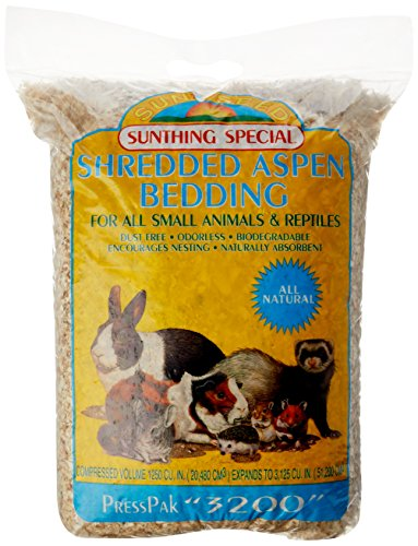 Sunseed Shredded Aspen Bedding, 3200 Cubic Inches,...