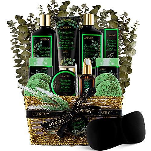 Eucalyptus Spearmint Bath Set - Luxury Aromatherapy Home Spa Set with Natural Mint Fragrance – 17 Piece Gift Basket - Eucalyptus Bath Oil, Shower Gel, Bubble Bath, Bath Crystal, Steamer Tablet & More