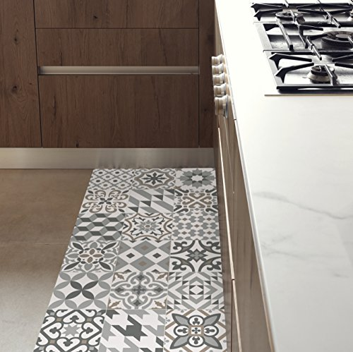 MAMUT Big Design Tapis DE Cuisine antidérapant et Ignifuge. Se nettoie Facilement à l'Aide d'Une serpillère. Installez Les typiques tuiles de Barcelone sans Faire des travaux! Eclectic Grey 60x140cm.