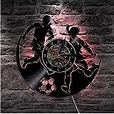 FUTIIF Vinyle Hommes Football Match Silhouette Disque Vinyle Bande Rétro-Éclairé Joueur De Sport Horloge Murale 30X30Cm Non LED