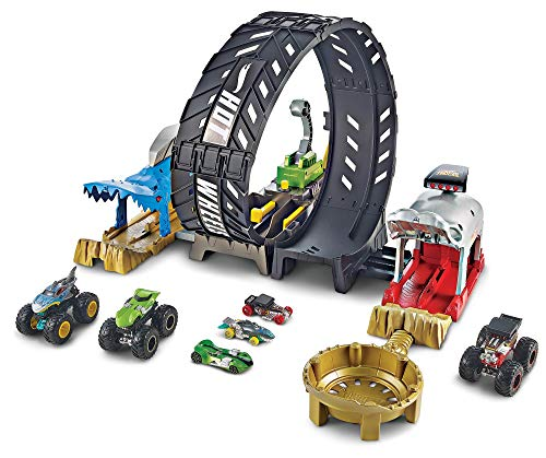 Hot Wheels Monster Truck Epic Loop Challenge Play Set with Truck and car