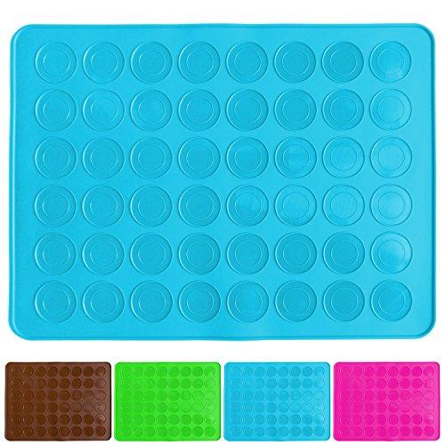Belmalia Tapis de Cuisson pour Macarons en Silicone, constitué de 48 cuvettes Anti-adhésives pour 24 Macarons sans défaut, 38x28cm Bleu