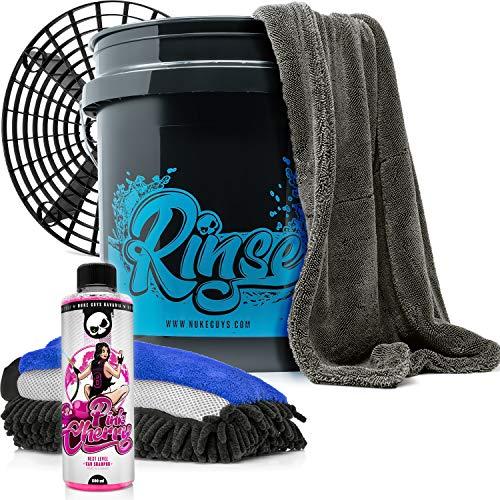 Nuke Guys Starter Auto Rinse Set - Wascheimer mit GritGuard Schmutzeinsatz + Pink Cherry Autoshampoo 0,5l + 3in1 Waschschwamm + Gamma Dryer Twisted Pile Trockentuch XXL + Autopflege - Handwäsche