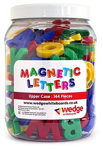 The Wedge Set di calamite a forma di lettere maiuscole