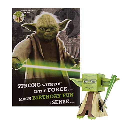 Biglietto di compleanno generale di Hallmark – Star Wars 'Build Your Own' Yoda Design
