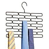 mDesign Krawattenhalter – Edler Krawattenbügel für mindestens 23 Krawatten – Praktisches Kleiderschrankzubehör für platzsparende Krawattenaufbewahrung – bronzefarben