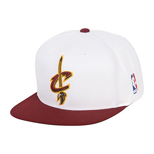 aa71927e7c9ae Mitchell   Ness Men s Cleveland Cavaliers XL Logo Two Tone Snapback