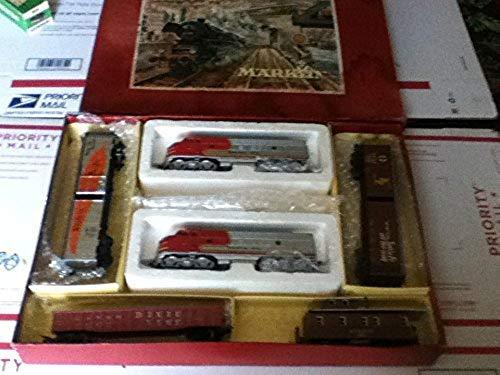 "MARKLIN HO Vintage American Train Set 3160""Santa FE, All CAST Metal DIESELS Locomotive+Dummy GM EMD-F7 & (4) TIN Metal Cars"