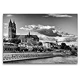 CALVENDO Premium Textil-Leinwand 120 x 80 cm Quer-Format Magdeburg in Schwarz - Weiß, Leinwanddruck von Fotine