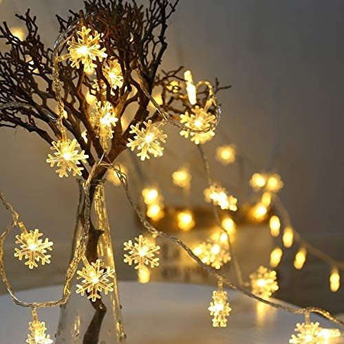 JSSEVN Fairy Lights, 50 LED Star Light Curtain, Battery Operated, Christmas Snowflake Fairy Lights, Waterproof Decorative Fairy Lights for Outdoor Indoor Garden Christmas Decoration Party, Warm White