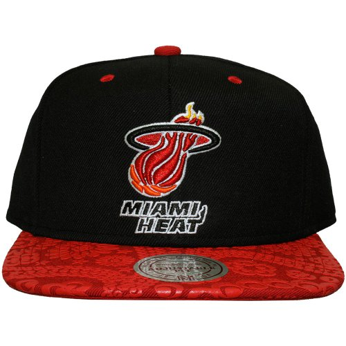 Mitchell And Ness - Casquette Snapback Homme Miami Heat Paisley Print - Black/Red