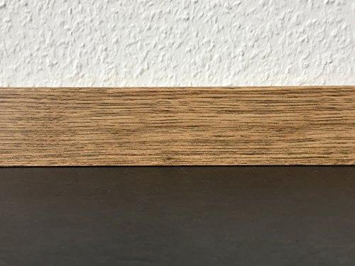 Sockelleisten mit Nut in Eiche astig | Fußleisten mit MDF-Kern | Fußbodenleisten in den Maßen 2,4m x 5,8cm | Wandabschlussleiste mit rückseitiger Clipfräsung & geradem Abschluss | MADE IN GERMANY