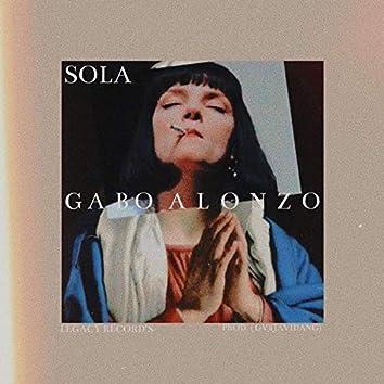 Sola (feat. Allbegv)