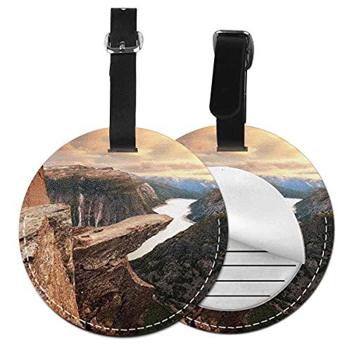 Etiquetas para equipaje Northern Mountains Canyon Landscape with Calm River in Norway Scenic Nature Tops, etiqueta de equipaje de cuero Etiqueta de privacidad (1 pieza)