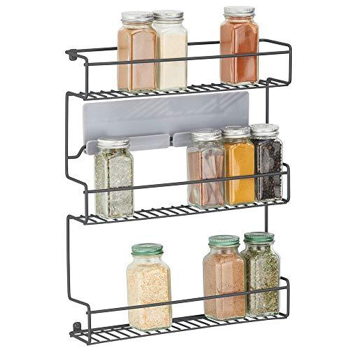 mDesign Estantería metálica – Especieros de cocina autoadhesivos con 3 niveles para montaje en pared – Ideal como organizador de especias para la cocina y la despensa – negro