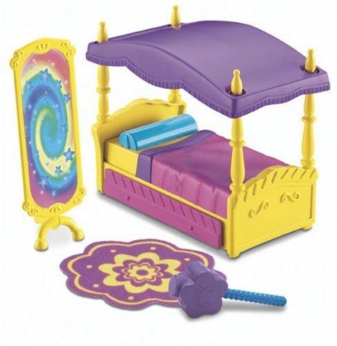 Fisher-Price Bedroom Playset - Dora's Magical Bedroom