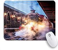 NIESIKKLAマウスパッド 蒸気機関ヴィンテージトレインマジックプラット形 ゲーミング オフィス最適 高級感 おしゃれ 防水 耐久性が良い 滑り止めゴム底 ゲーミングなど適用 用ノートブックコンピュータマウスマット