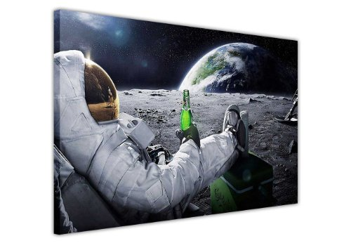 CANVAS IT UP Leinwandbild, Kunstdruck Entspannende NASA Astronaut mit Bier auf The Moon Looking at Earth Bilder Raum Dekoration Print Bild Home Art Foto Druck Poster