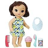 BABY ALIVE Magic Scoops Baby : poupée Brune avec Robe et Accessoires : cône de Glace, Trottinette, Peigne et Plus Encore, Jouet Parfait pour Les Filles et Les garçons de 3 Ans et Plus