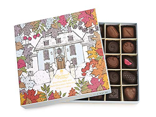 Charbonnel et Walker Winter House Milk and Dark Chocolate & Truffle Selection, 325 g