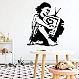 TYLPK Moderne banksy frau cartoon wandtattoos pvc wandbild kunst diy poster entfernbare wandaufkleber home party decor wallpaper