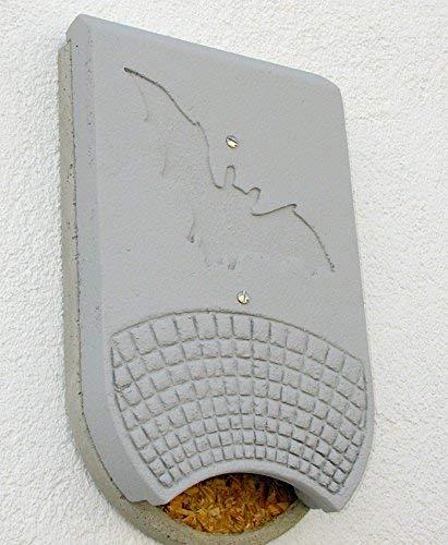 Schwegler Naturschutzprodukt Nistkasten Nisthöhle Kasten Höhle Nisthilfe Fledermaus-Fassadenquartier Typ 1FQ aus Holzbeton Höhe 60 cm
