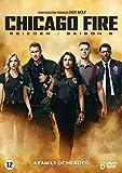 51VKUAvbxXL. SL160  - Une saison 8 pour Chicago Fire, une saison 7 pour Chicago PD et une saison 5 pour Med, NBC renouvèle toute la franchise