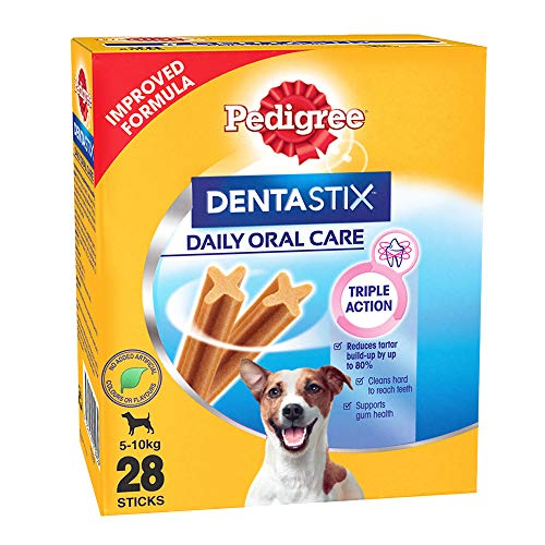 Pedigree Dentastix Small Breed (5-10 kg) Oral Care Dog Treat, 440g Monthly Pack (28 Chew Sticks)
